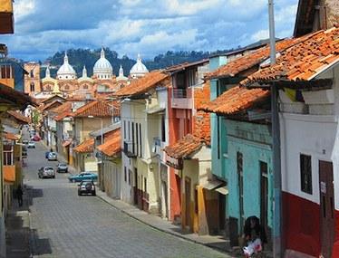 Cuenca, Koloniale Straße - Wohnimmobilien zum Kauf oder zur Miete